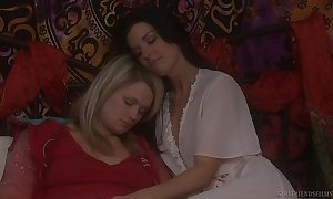 Heather starlet coupled with india summer have a funny feeling lesbo wager