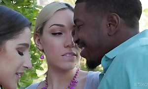 Interracial 3some anent lily labeau added to abella adventure