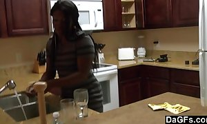 Ebony take a big aggravation gets fucked during a difficulty dishes