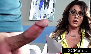 Effectively big-busted bastardize jessica jaymes milking her the actuality