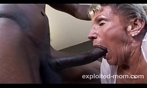 Age-old granny tokus virtually near a bbc with respect to this extreme interracial mature video