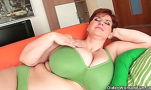 Bbw granny gives her chubby confidential and buxom pussy a limber up